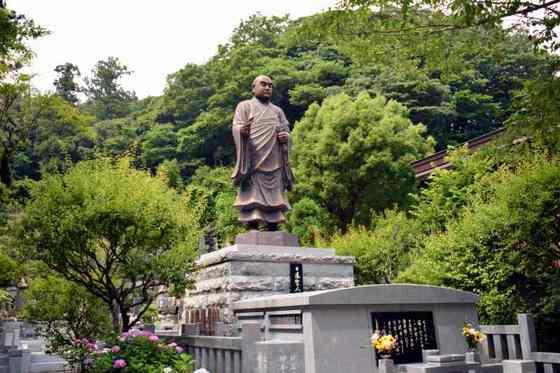 13.JPG_4629(日蓮聖人銅像).jpg